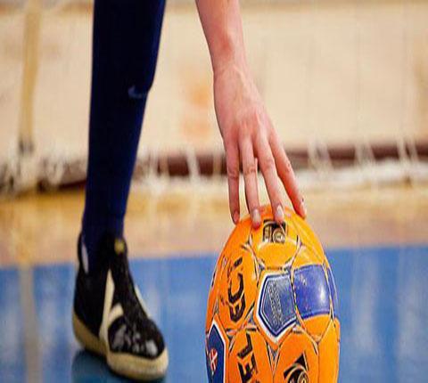 В Каменском проходят завершающие игры городского Кубка по мини-футболу Днепродзержинск