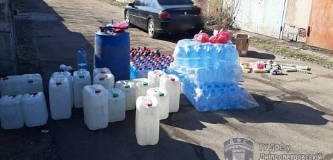 В г. Каменское выявили цех по изготовлению поддельного алкоголя Днепродзержинск