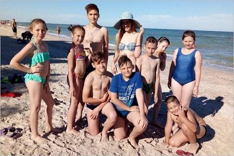 В «Солнечной сонате» отдохнула вторая группа детей металлургов Каменского Днепродзержинск