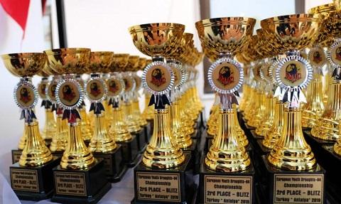 Каменская молодежь завершила выступление в Турции с 8 наградами Днепродзержинск