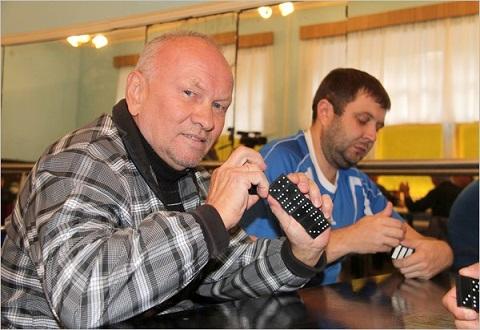 На «ДМК» г. Каменское стартовали соревнования по домино Днепродзержинск