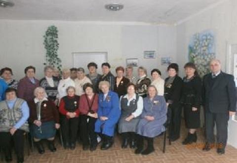 Женщин-ветеранов г. Каменское поздравили с праздником Днепродзержинск