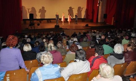 В Днепровском районе Каменского прошел праздник для ветеранов Днепродзержинск