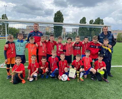 Юные футболисты  боролись за награды турнира в г. Каменское Днепродзержинск