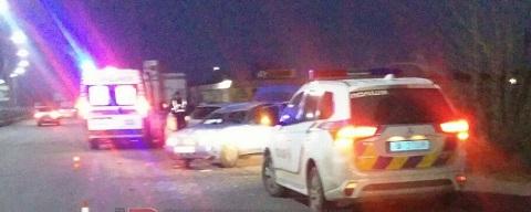 На мостовом переходе в г. Каменское столкнулись легковые автомобили Днепродзержинск
