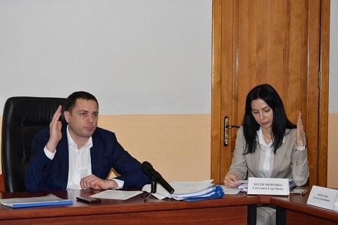 В г. Каменское прошло последнее в году  заседание исполкома горсовета Днепродзержинск
