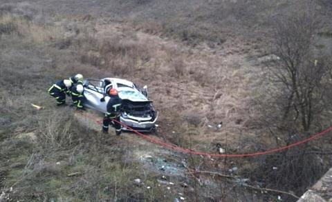 Под г. Каменское спасатели ГПСЧ № 7 провели деблокировку погибшего водителя Днепродзержинск