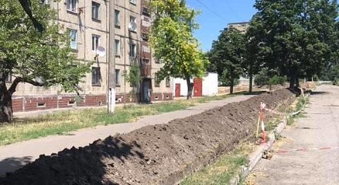 На территории поселка Строителей г. Каменское проводят модернизацию электросети  Днепродзержинск