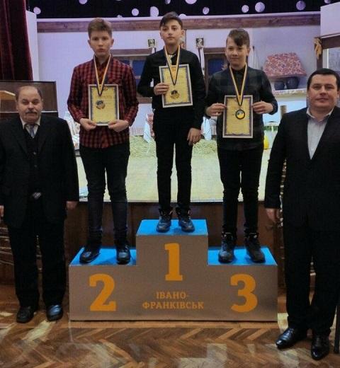 Каменчане стали призерами молодежного чемпионата страны по шашкам-100 Днепродзержинск