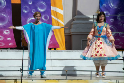 Новая сказка от каменского театра «Вірус, корона і мильні бульбашки» Днепродзержинск