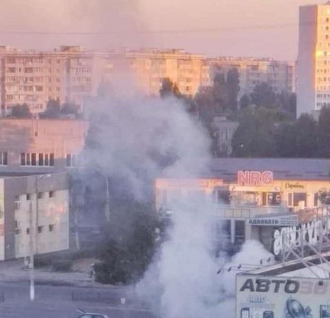 Дрифт на автомобиле в Каменском завершился возгоранием BMW  Днепродзержинск