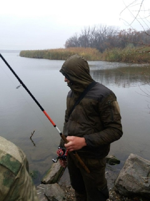 На Каменском водохранилище инспекторы рыбоохраны задержали браконьера Днепродзержинск