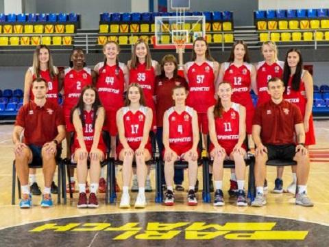 Каменской «Прометей» уверенно занял позицию лидера среди женских баскетбольных команд страны Днепродзержинск