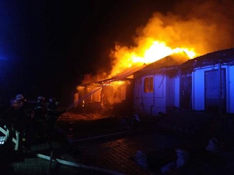 Спасатели г. Каменское ликвидировали пожар в Елизаветовке Днепродзержинск