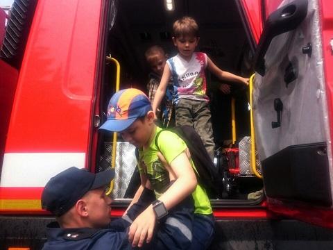 Школьники побывали на экскурсии в ГПСЧ № 9 г. Каменское Днепродзержинск