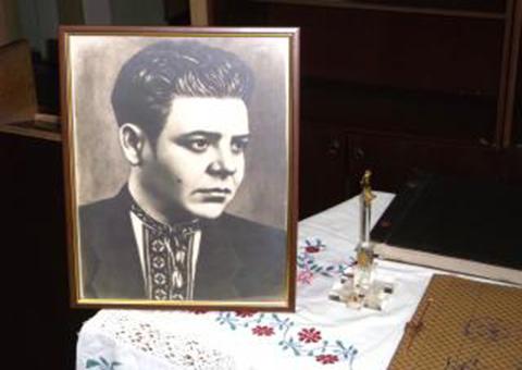 Архивные документы местного поэта Ф.Исаева представили в Каменском Днепродзержинск