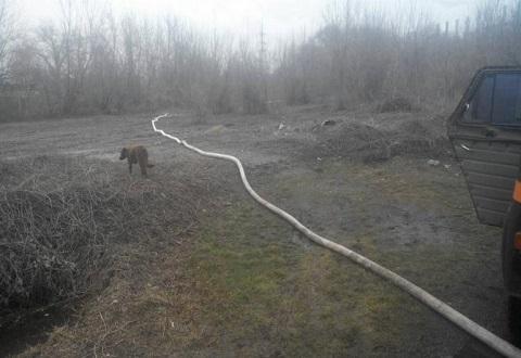Спасатели г. Каменское помогли людям откачать талые воды Днепродзержинск