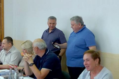 На заседании исполкома горсовета г. Каменское провели церемонию награждения Днепродзержинск