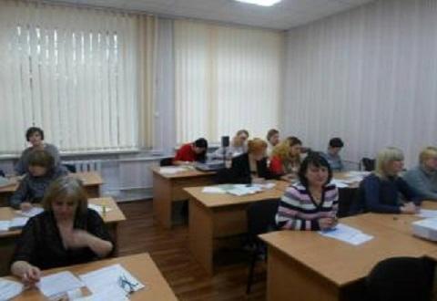 В Каменском увеличилось число квалифицированных кадров в сфере торговли Днепродзержинск