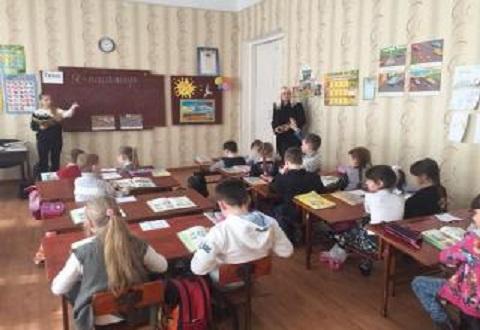 В СОШ  №31 г. Каменское  провели день самоуправления Днепродзержинск