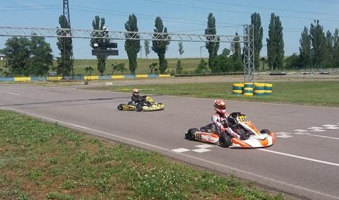 Картингисты провели в Каменском два чемпионата  Днепродзержинск