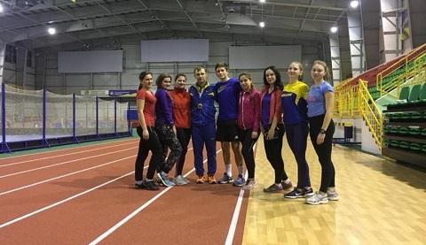 На чемпионате Украины 9 легкоатлетов г. Каменское получили бронзовые награды Днепродзержинск