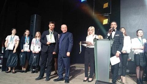 Каменчанин стал победителем в конкурсе защиты работ МАН Днепродзержинск