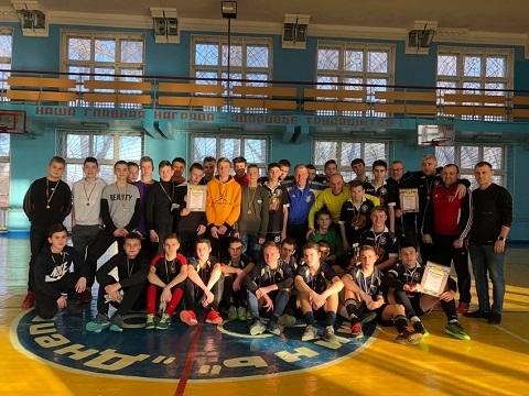 В Каменском провели Рождественский Кубок по мини-футболу Днепродзержинск