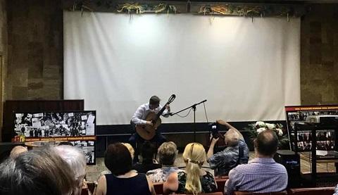 Каменской Музей истории организовал концерт для вдов чернобыльцев Днепродзержинск