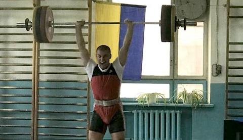 Тяжелоатлет из Каменского стал мастером спорта Украины Днепродзержинск
