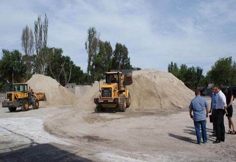 Мэр г. Каменское провел с проверкой вопроса по содержанию дорог выездное совещание Днепродзержинск