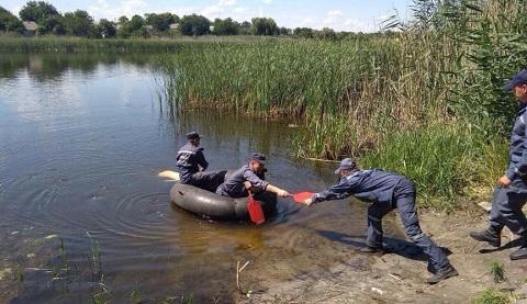 Спасатели достали из водоема в Петриковке тело молодого человека Днепродзержинск