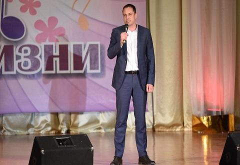 В Каменском прошел юбилейный отчетный концерт  коллектива «Стиль жизни» Днепродзержинск