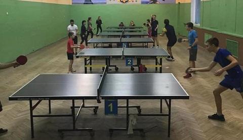 В городе Каменское провели турнир по настольному теннису Днепродзержинск