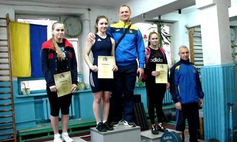 Тяжелоатлеты г. Каменское  на чемпионате области получили 15 наград Днепродзержинск