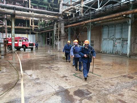 Спасатели г. Каменское приняли участие в проведении учебной тревоги на территории «ДнепрАзота» Днепродзержинск
