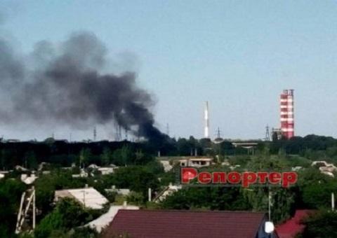 Возле «АЗОТА» в Каменском тушили сильный пожар Днепродзержинск