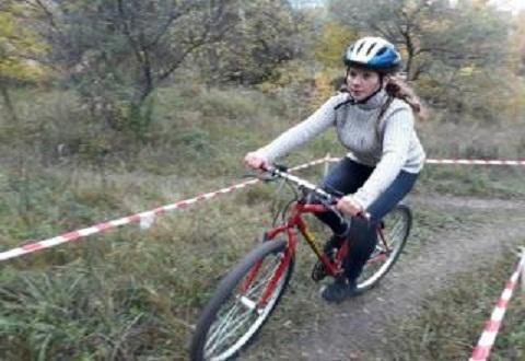 Велотуристы провели соревнования на левобережье Каменского Днепродзержинск