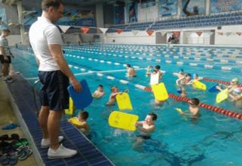 Каменских школьников будут обучать плаванию Днепродзержинск