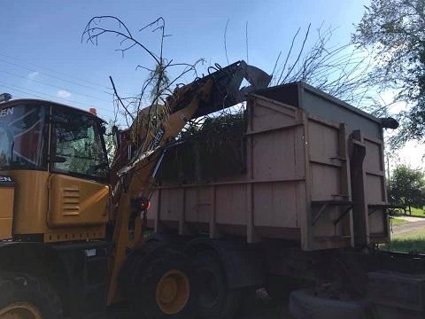 В Каменском продолжают убирать стихийные свалки Днепродзержинск