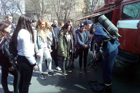 Учащиеся КВПУ № 22 г. Каменское побывали на экскурсии в пожарной части Днепродзержинск