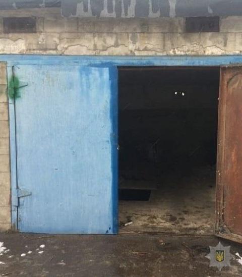 Служебный пёс помог задержать в Каменском гаражных воров  Днепродзержинск