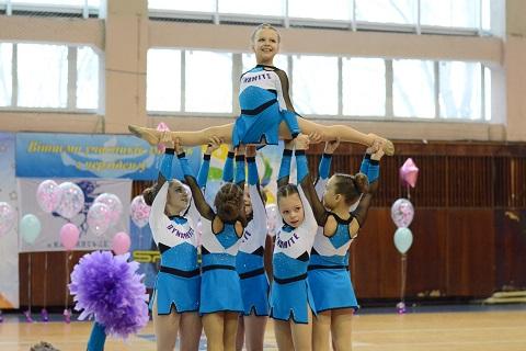 В Каменском провели чемпионат города по черлидингу Днепродзержинск