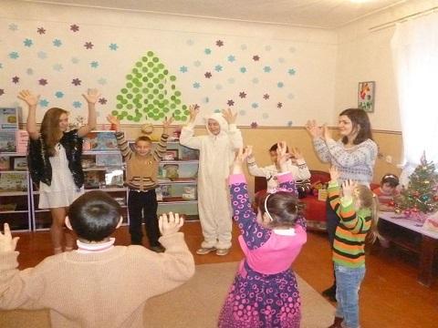 Для детей г. Каменское провели праздник Рождества в библиотеке №8  Днепродзержинск
