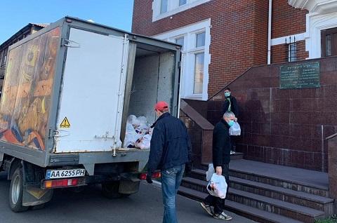 В Каменском благотворительный фонд ОЦ «Бейт Барух» позаботился о членах своей общины Днепродзержинск