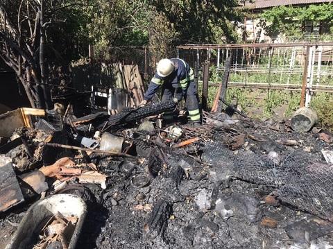 За сутки спасатели г. Каменское ликвидировали 5 пожаров Днепродзержинск