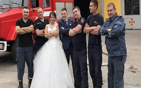 День города Каменское спасатели отметили за свадебным столом Днепродзержинск