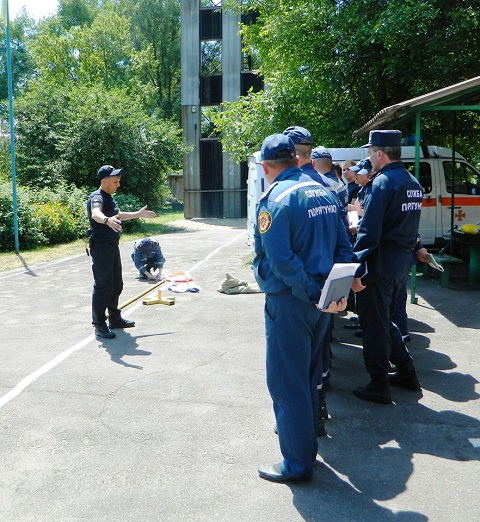 В г. Каменское спасатели повышали мастерство Днепродзержинск