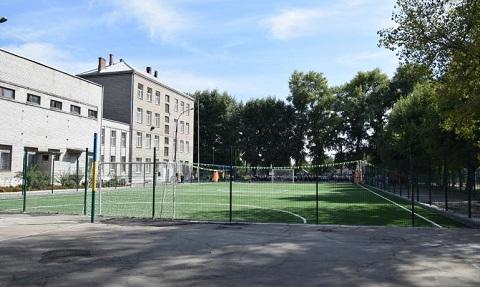 В г. Каменское ко Дню города открыли новые футбольные поля Днепродзержинск