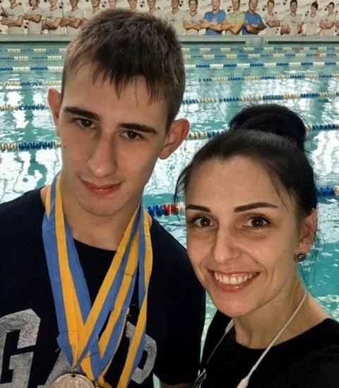 Спортсмен из Каменского занял пять призовых мест на чемпионате Украины по плаванию Днепродзержинск